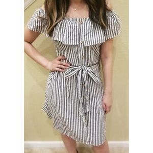 POTTER'S POT Off Shoulder Striped Belted D…
